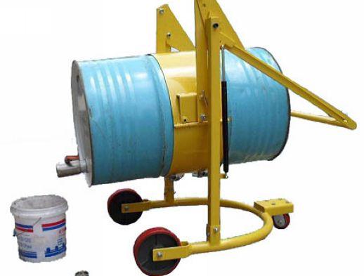 机械旋转式可倒油油桶车